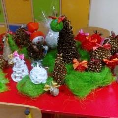 Przygotowania do kiermaszu świątecznego